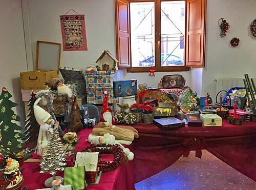 Mercadillo de Navidad en el Salón Municipal.